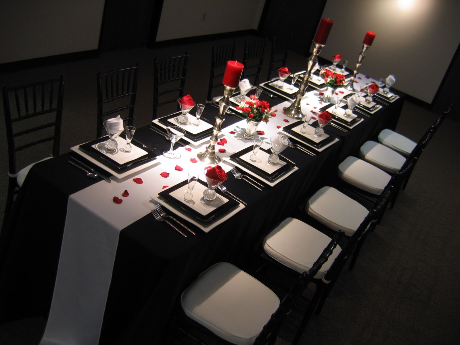 Design Black And White Table Settings red white and black table settings omg its a wedding elegant table